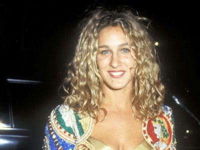 Great Outfits in Fashion History: Sarah Jessica Parker's Red Velvet Pants and Gold Bra