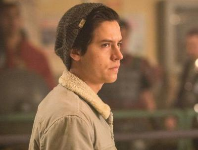 Does Jughead Kill Someone In 'Riverdale' Season 4? This Theory Is Dark