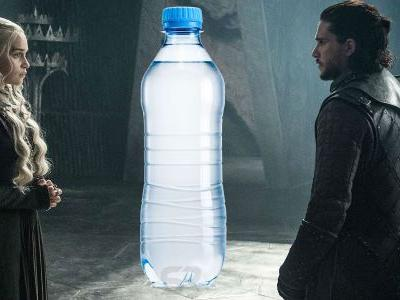 Game of Thrones: Water Bottle Left in Shot in Season Finale