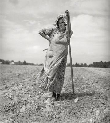 Earth Mother: 1940