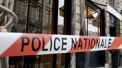 Car drives into restaurant east of Paris, 8 yo girl killed, 5 more injured - police