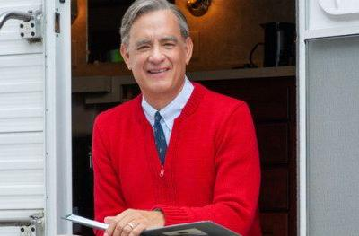 First Look at Tom Hanks as Mister Rogers Is Pure MagicThe Mister