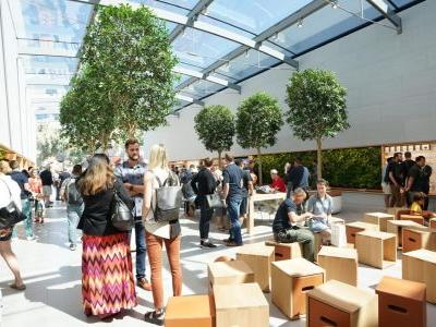 Gallery: Apple's renovated Palo Alto store blends latest retail layout with classic design elements