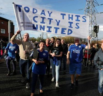 Maguire and Leicester players join Srivaddhanaprabha 'Walk for Vichai' tribute march