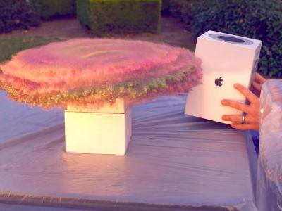 Former NASA engineer turns HomePod box into glitter bomb trap for package thieves