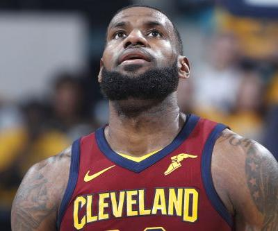 LeBron, Cavaliers blow double-digit lead in Game 3 crusher