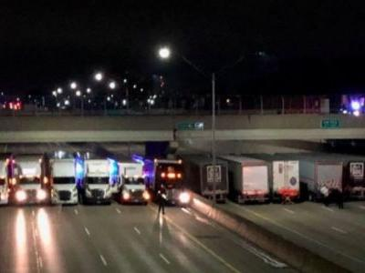 13 Truckers Line Up To Save Man From Jumping Off Overpass
