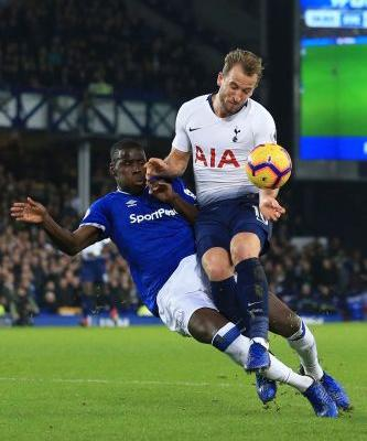 Tottenham crushes Everton 6-2 to go 2 points behind Man City