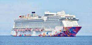 Genting Dream Cruise arrives in Indonesia's Bintan Island with 4000 passengers