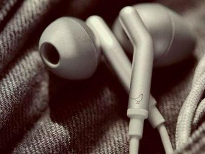 These earbuds eliminate the biggest annoyance of listening to music on the iPhone 7
