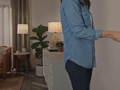 Lutron announces new Aurora dimmer designed to integrate with existing Philips Hue setups
