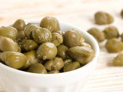 What Are Capers? Top 5 Capers Benefits & How to Use Them