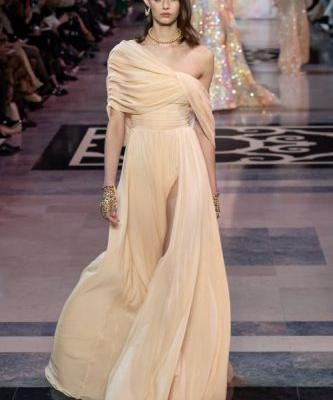 The GEORGES HOBEIKA Haute Couture Spring Summer 2019 collection