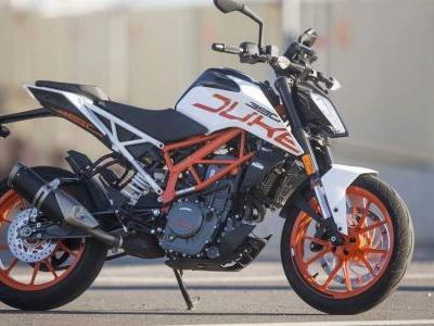2018 KTM 390 Duke Review