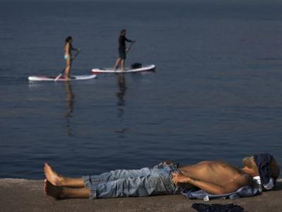 Red alerts for Portugal, Spain amid smothering heat wave
