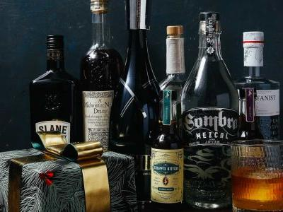 The 2017 SAVEUR Gift Guide: Bottles We Love
