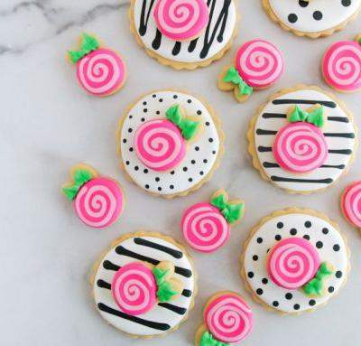 Double-Decker Whimsical Rose Cookies
