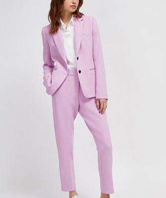Power Suits That Are Fit for Spring, Summer and Hot AF Weather in General