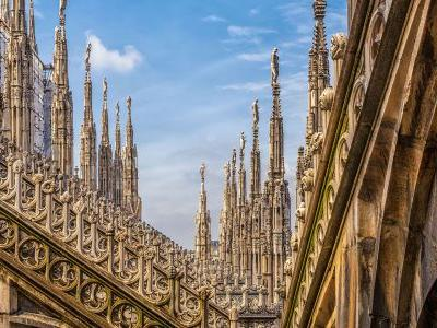 Ready, Set, Click: Where to Find Milan's Top 8 Spots to Photograph
