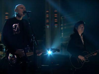 "Watch The Mostly-Reunited Smashing Pumpkins Debut ""Solara"" On The Tonight Show"