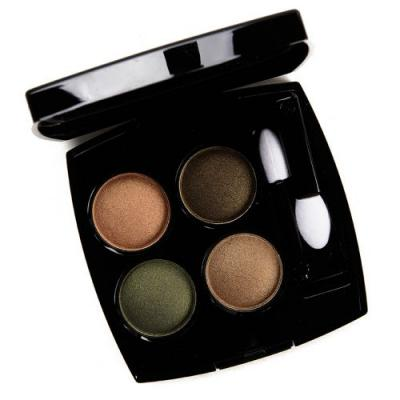 Chanel Blurry Green (318) Eyeshadow Quad Review & Swatches