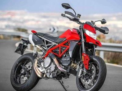 2019 Ducati Hypermotard 950 First Ride Review
