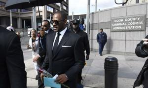 R. Kelly lawyer says Avenatti has 'polluted' sex-abuse case