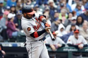 Orioles power past Mariners 8-4, end 10-game skid