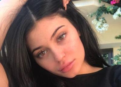 Kylie Jenner Is So Obviously Pregnant That She Should Just Confirm It at This Point