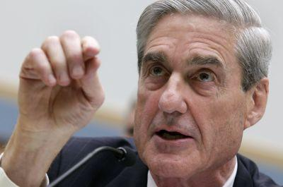 Trump went 'from the frying pan into the fire': Intelligence officials hail Robert Mueller's appointment as special prosecutor
