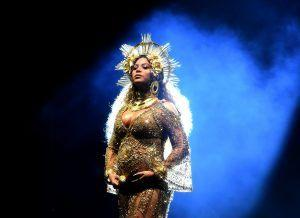 Why Everyone Is Talking About Pregnant Beyoncé's Performance At The Grammys