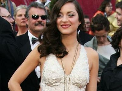 Great Outfits in Fashion History: Marion Cotillard in Mermaid-Ready Couture