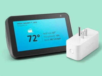 Alexa, show me an awesome Echo Show and Smart Plug Prime Day combo