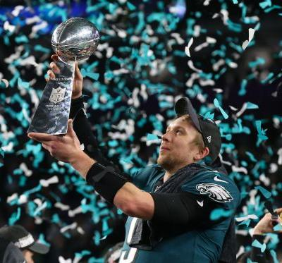 Philadelphia Eagles receive Super Bowl LII championship rings in ceremony