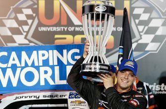 Johnny Sauter clinches regular-season title with win at Bristol | 2018 TRUCK SERIES | FOX NASCAR