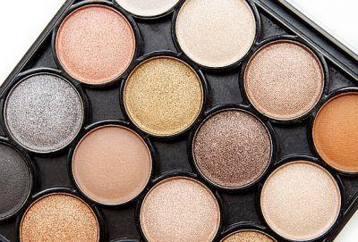 What to Do When Your Makeup Suffer From Hard Pan