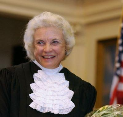 Sandra Day O'Connor says she has beginning stages of dementia and 'probably Alzheimer's'