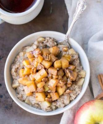 13 Ways to Turn Oatmeal Into a Luxurious Breakfast Treat