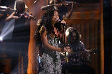 SZA Serenades 'The Tonight Show' With A Dreamy Rendition of 'Supermodel': Watch