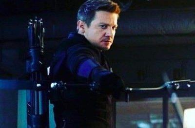 Jeremy Renner Teases Hawkeye's Return in Avengers 4 as
