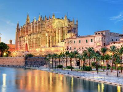 5 reasons you must visit Palma, Mallorca