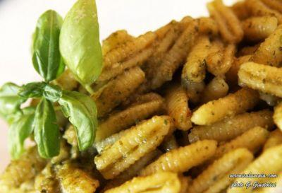 Pasta: Facts and Tips on a Main Dish of Italian Food Culture