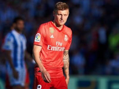 Kroos signs Madrid contract extension to 2023
