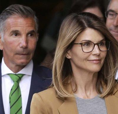 New evidence could back Loughlin, Giannulli's innocence in college admissions scandal