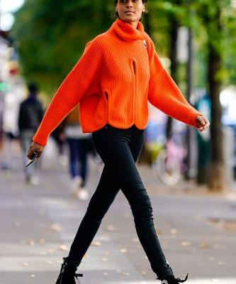 10 Trends to Wear With Your Favorite Black Skinny Jeans