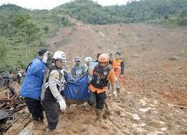 9 killed and 34 missing after a landslide in Indonesia's Java Island