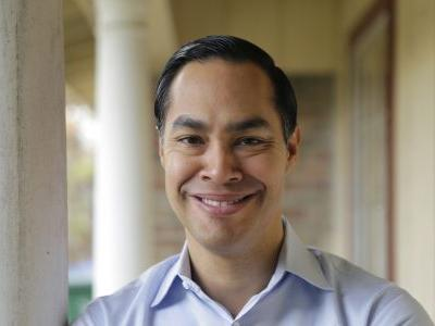 APNewsBreak: Julian Castro moves toward 2020 White House run