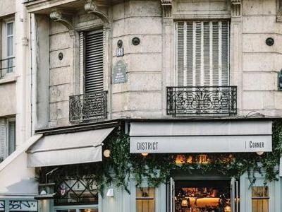 Here's Where to Eat Paris' Best Cookies