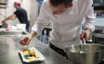 Food safety experts can help design kitchens to reduce risks