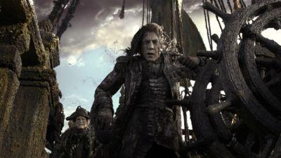 New Pirates of the Caribbean 5 Poster and Photo
